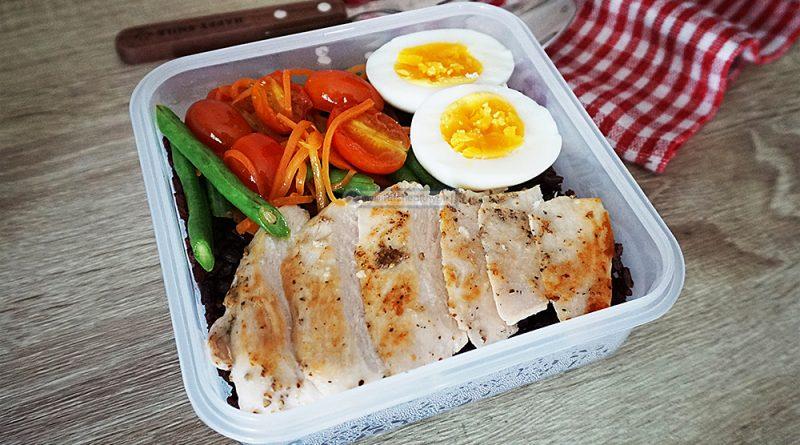 อกไก่ย่างพริกไทยดำ